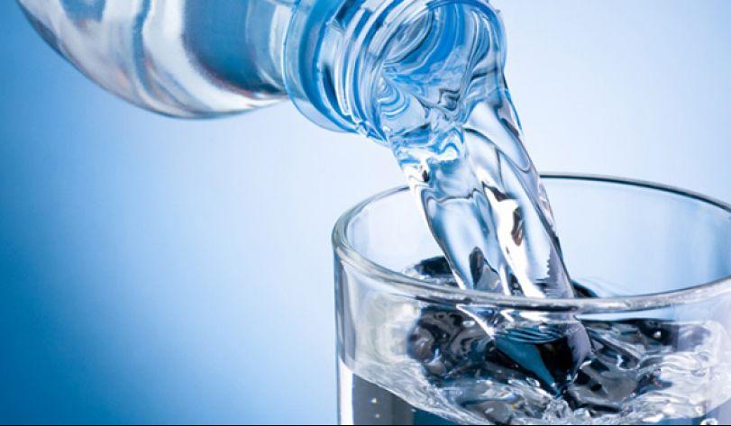 171222185014-jangan-remehkan-manfaat-minum-air-putih.jpg
